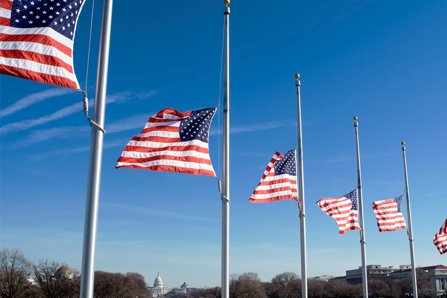 resident Obama orders flags flown at half-staff to honor victims of July 7 shooting in Dallas