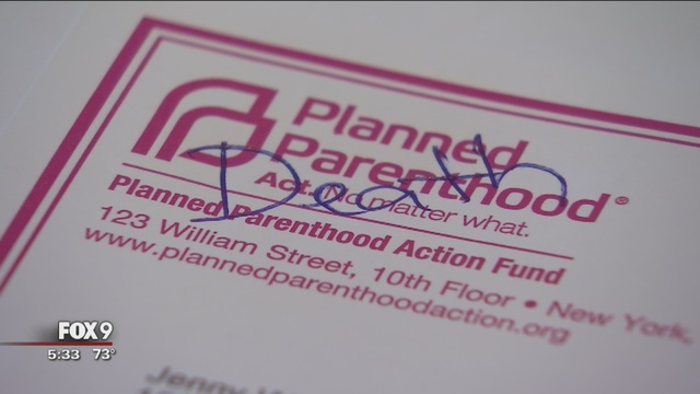 Residents_receive_Planned_Parenthood