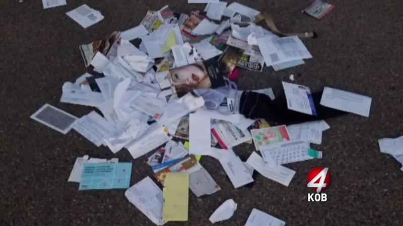Heap_of_stolen_mail_gets_left_in_street-syndImport-061327