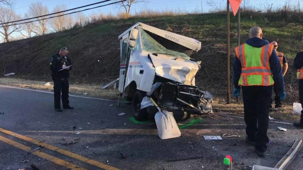 Injuries Reported In Crash Involving Mail Truck in Tulsa OK